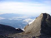 180px-kota_kinabalu_peak