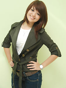 half cuff jacket